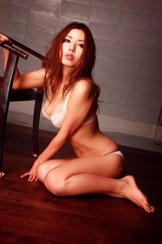 黒木桃子 画像 (11).jpg