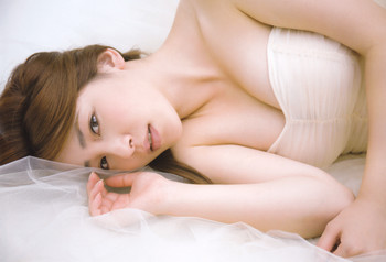 吉川友 画像 (17).jpg