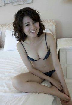 鈴木ちなみ 画像 (3).jpg